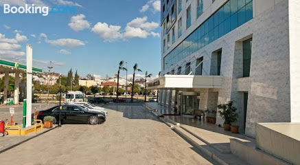 B Business Hotel & Spa