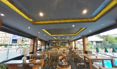 Iron Lounge