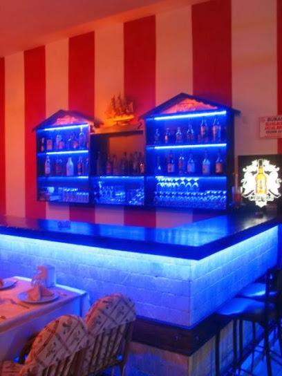 Justin's Place Resturant Dance Bar