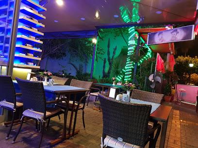 Sherlock Holmes Cafe Bar