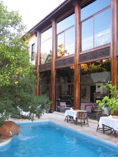 Villa Perla Boutique Hotel